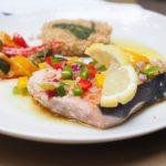 Involtini di pesce spada con salsa al mango: la ricetta